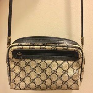 Vintage Gucci Cross Body Shoulder Bag